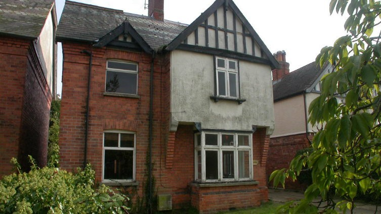 FOR SALE BY INFORMAL TENDER - 16 Victoria Avenue, Woodhall Spa