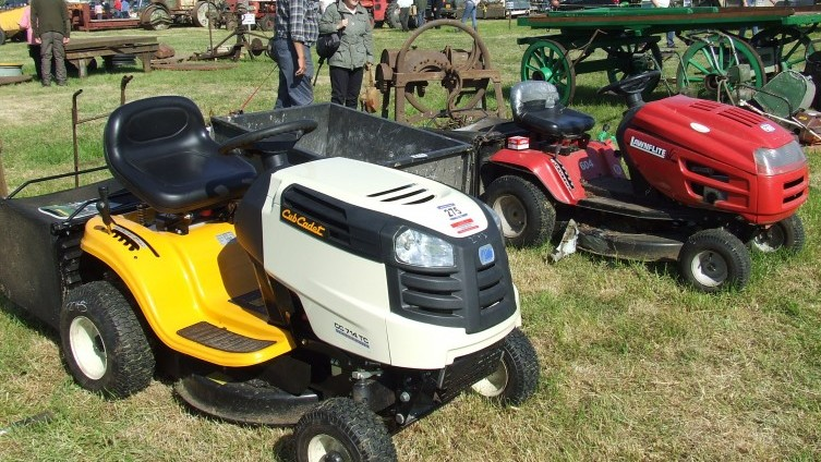 Lot 275: Cub Cadet Yellow Ride On Mower SOLD £500