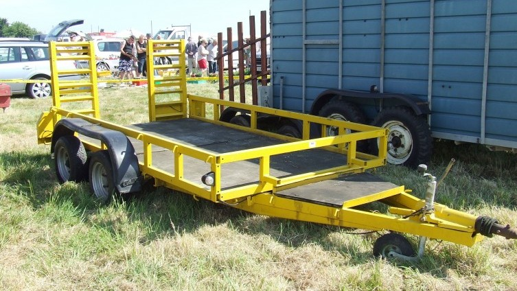 £470 - Lot 797: Ifor Williams Plant Trailer