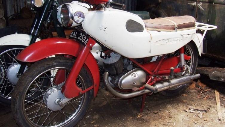 Lot 607: 1963 Francis Barnett Fulmar 88 - SOLD £720