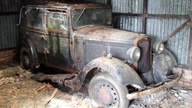 Lot 66: 1934 Hillman Minx - SOLD £500