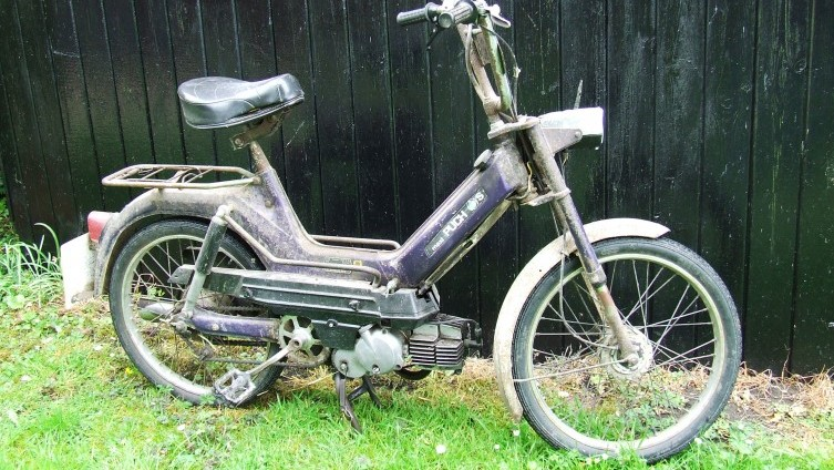 Lot 418: Puch Maxi S SOLD £310