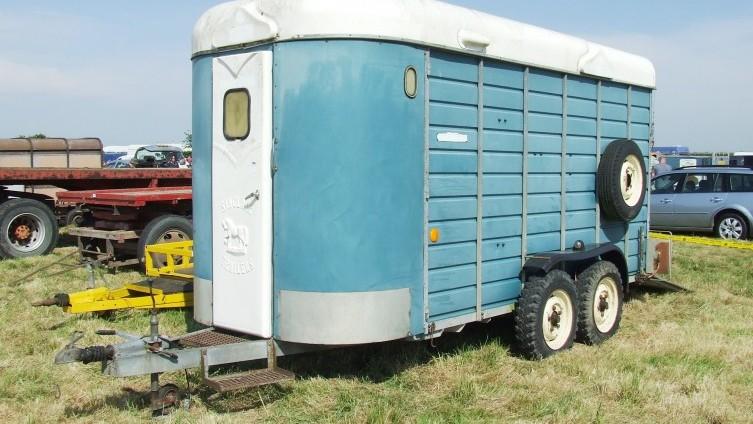 £560 - Lot 796: Sinclair Horse Trailer