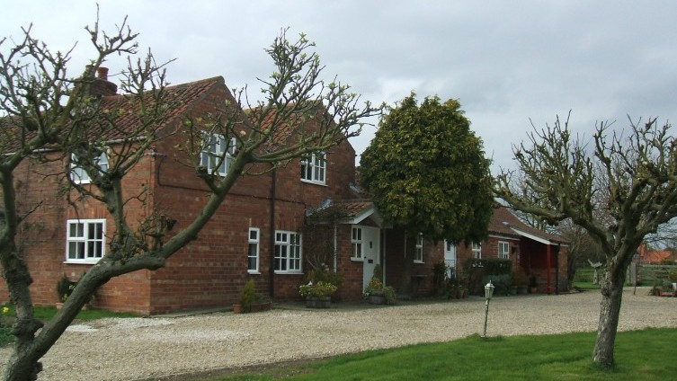 East Farm Cottage, Southrey - £900 p.c.m.