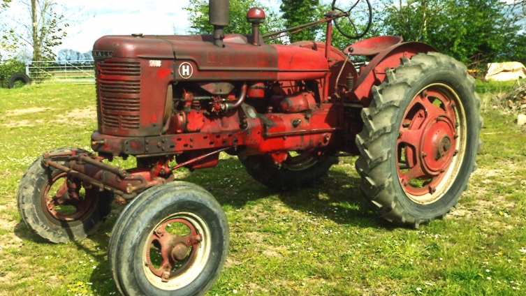 Annual Collective Vintage & Modern Machinery Auction