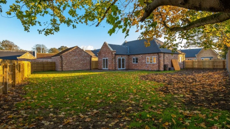 The Gables, Hundleby - NEW PRICE!