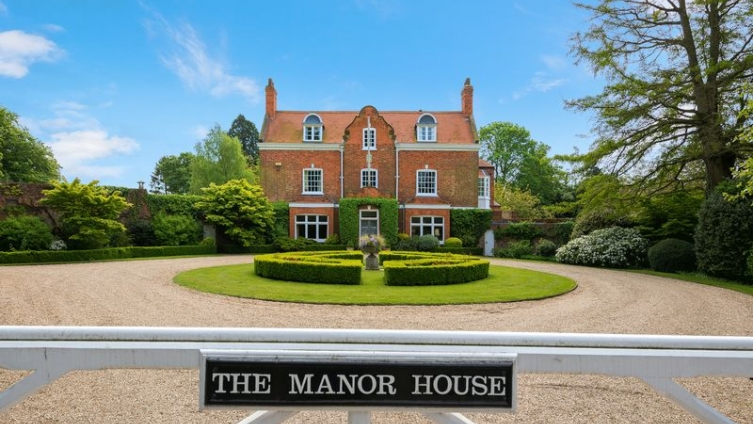 The Manor House, Church Lane, Utterby, Louth