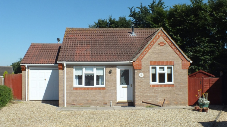 Detached bungalow in sought after residential location