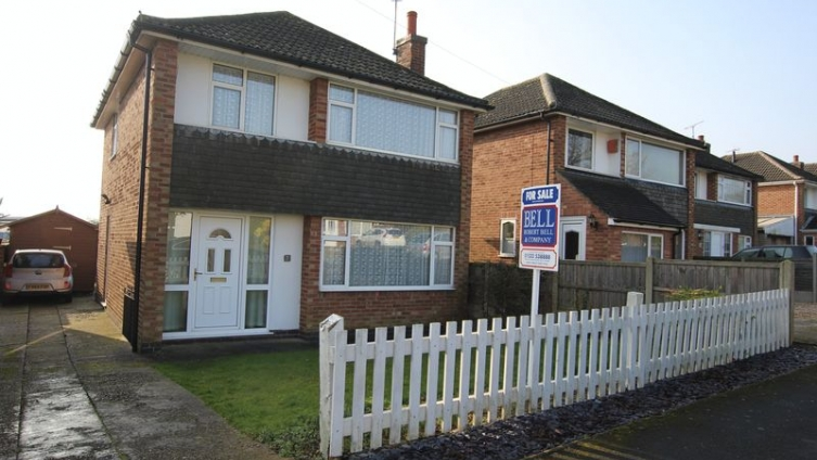 7 St. Martins Way, Ancaster, Grantham