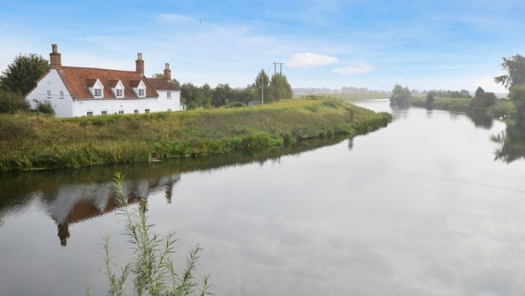 Tattershall Bridge Cottage, Sleaford Road, Tattershall